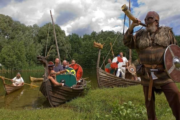 Wilde Gesellen: Das ein oder andere ungewöhnliche Boot wird am Wochenende auf der Spree zu sehen sein.